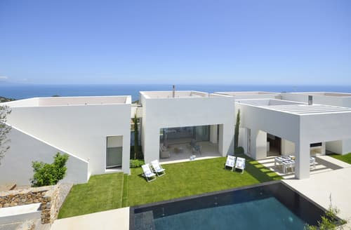 Last Minute Cottages - Villa Iker