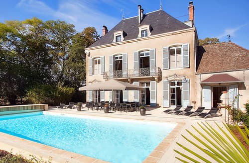 Last Minute Cottages - Chateau De La Marquise Thesut