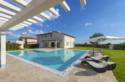 Last Minute Cottages - Inviting Monsummano Terme Cottage S121705