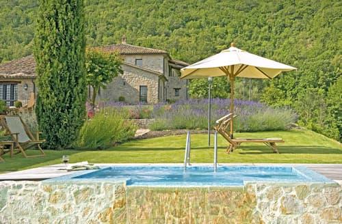 Last Minute Cottages - Villa Subtila