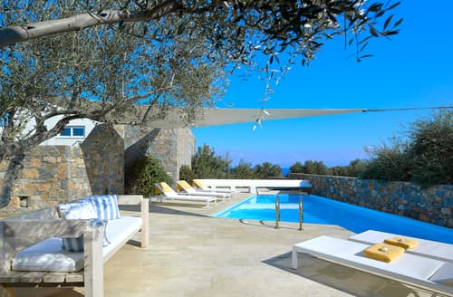 Last Minute Cottages - Splendid Agios Nikolaos Cottage S116445