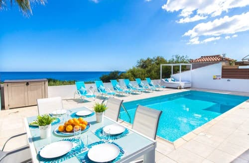 Last Minute Cottages - Villa Ayia Triada