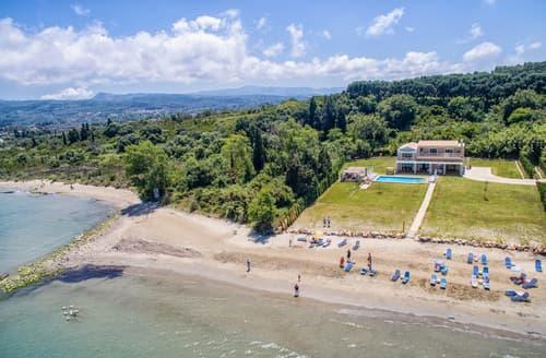 Last Minute Cottages - Roda Beach Villa