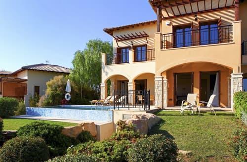 Last Minute Cottages - Villa Daria