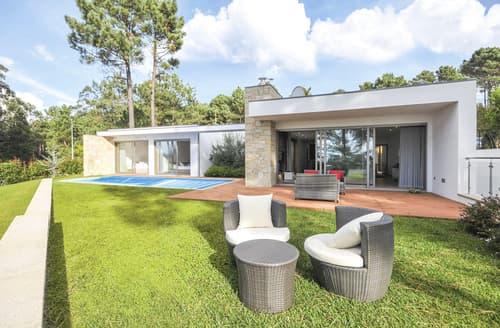 Last Minute Cottages - Villa Senande