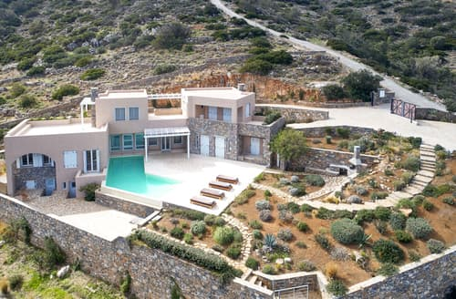 Last Minute Cottages - Villa Elounda