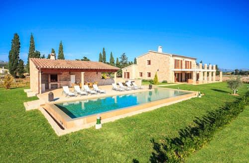 Last Minute Cottages - Villa Fiol