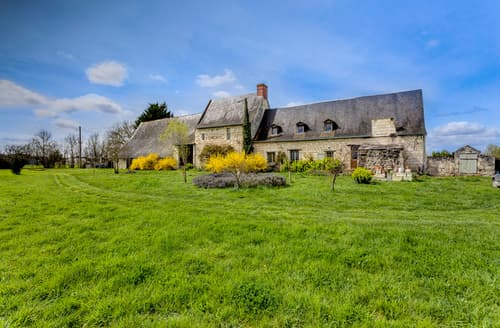 Last Minute Cottages - Gorgeous Saumur Cottage S115162
