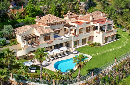 Last Minute Cottages - Villa Pietro