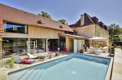 Last Minute Cottages - Maison Pierre
