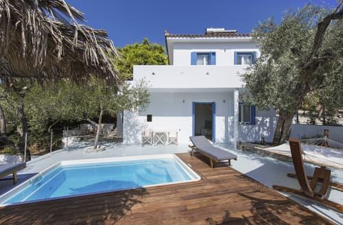 Last Minute Cottages - Villa Selinos