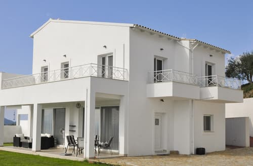 Last Minute Cottages - Villa Pleiades