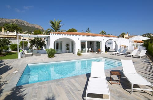 Last Minute Cottages - Villa Trobol