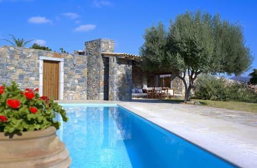Last Minute Cottages - Villa Melete