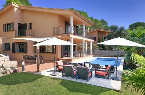 Last Minute Cottages - Villa Mariposa