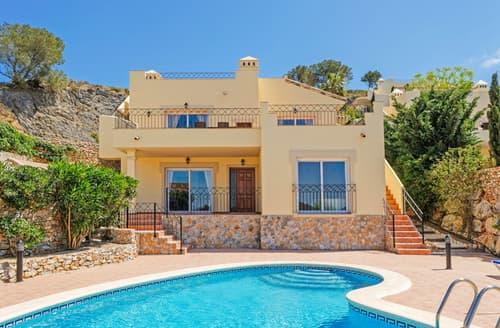 Last Minute Cottages - Villa Leon