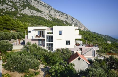 Last Minute Cottages - Villa Elizabetha