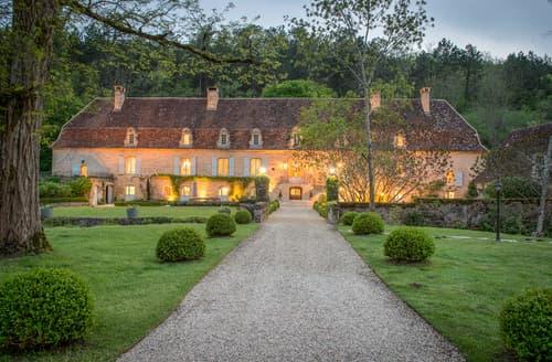 Last Minute Cottages - Captivating Mauzens Et Miremont Cottage S114681