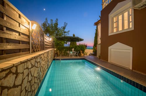 Last Minute Cottages - Villa Sfakaki