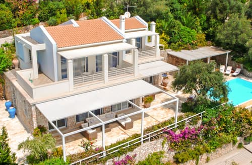 Last Minute Cottages - Villa Chiron