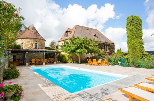 Last Minute Cottages - Le Prieure Esperance