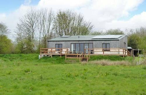 Last Minute Cottages - Splendid Winkleigh Lodge S2918