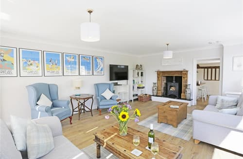 Last Minute Cottages - Inviting Woodbridge Apartment S86680
