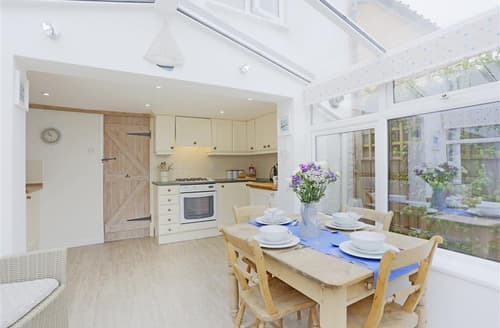 Last Minute Cottages - Attractive Halesworth Cottage S97398