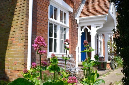 Last Minute Cottages - Attractive Orford Cottage S83226