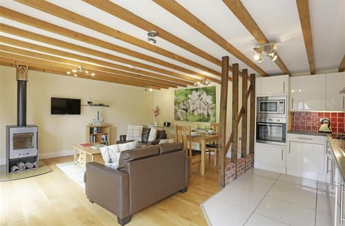Last Minute Cottages - Adorable Ufford Cottage S97375