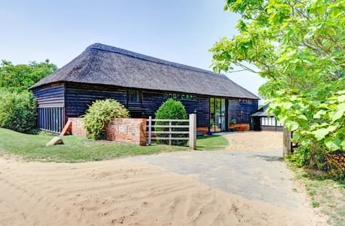 Last Minute Cottages - The Barns at Butley, Butley