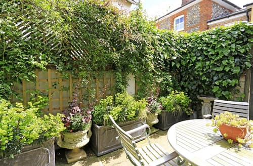 Last Minute Cottages - Lovely Lavenham Cottage S97416