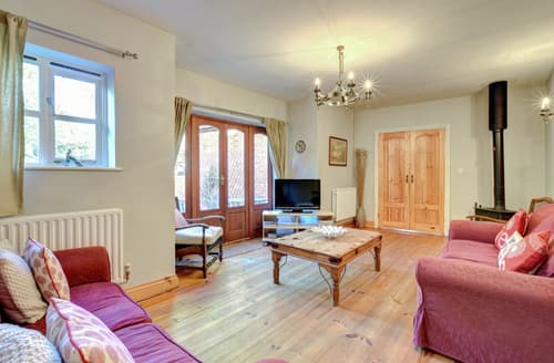 Last Minute Cottages - Stable Cottage, Semer