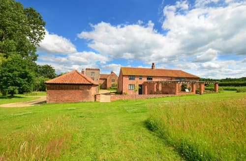 Last Minute Cottages - Charming Briston Rental S11734