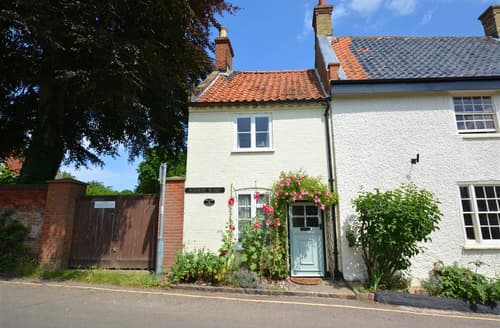 Last Minute Cottages - Charming Walsingham(Little) Cottage S29089