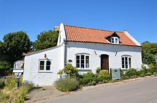 Last Minute Cottages - Stunning Happisburgh Cottage S44887