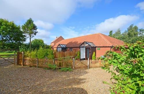 Last Minute Cottages - Wonderful Horningtoft Rental S12003