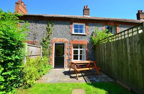 Last Minute Cottages - Lovely Aylsham Rental S11876