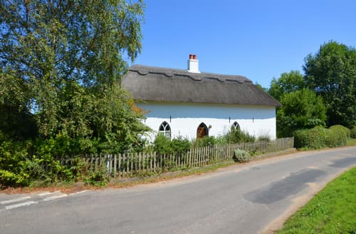 Dog Friendly Cottages - Charming Catfield Cottage S98421