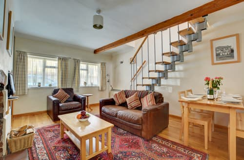 Last Minute Cottages - Lovely Reepham Cottage S81453