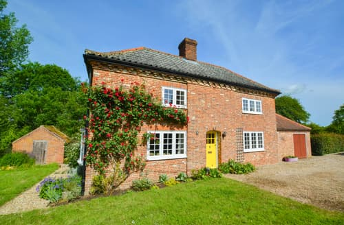 Last Minute Cottages - Clare Cottage