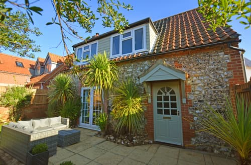 Last Minute Cottages - Tasteful Thornham Rental S11920
