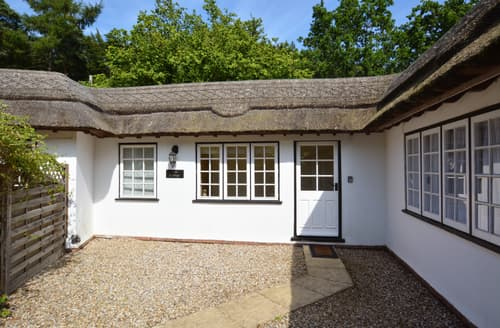 Last Minute Cottages - Charming West Runton Cottage S80387