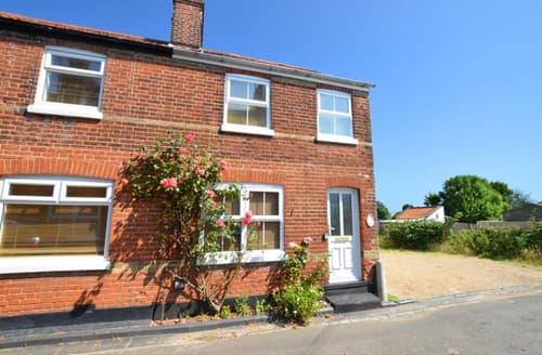 Last Minute Cottages - Captivating Mundesley Rental S12028