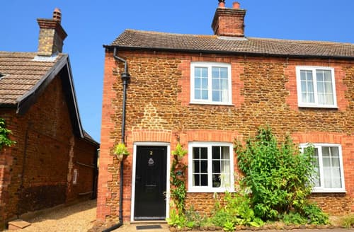 Last Minute Cottages - Bramley Cottage