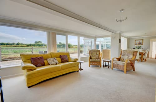 Last Minute Cottages - Superb Thornham Lodge S82710