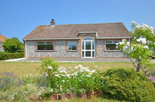 Last Minute Cottages - Hillview