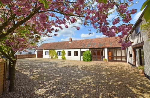 Last Minute Cottages - Breeze Barn