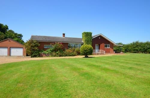 Last Minute Cottages - Luxury Catfield Rental S12507
