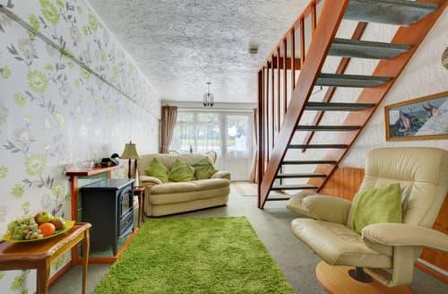 Last Minute Cottages - Luxury Ludham Rental S9744